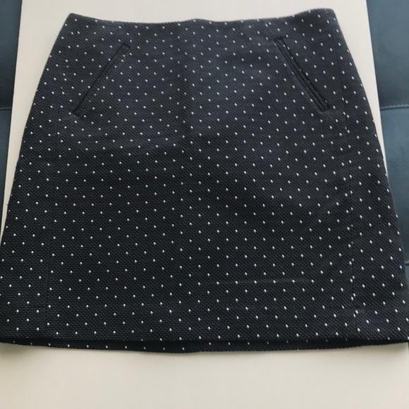 LOFT Dresses & Skirts - Skirt